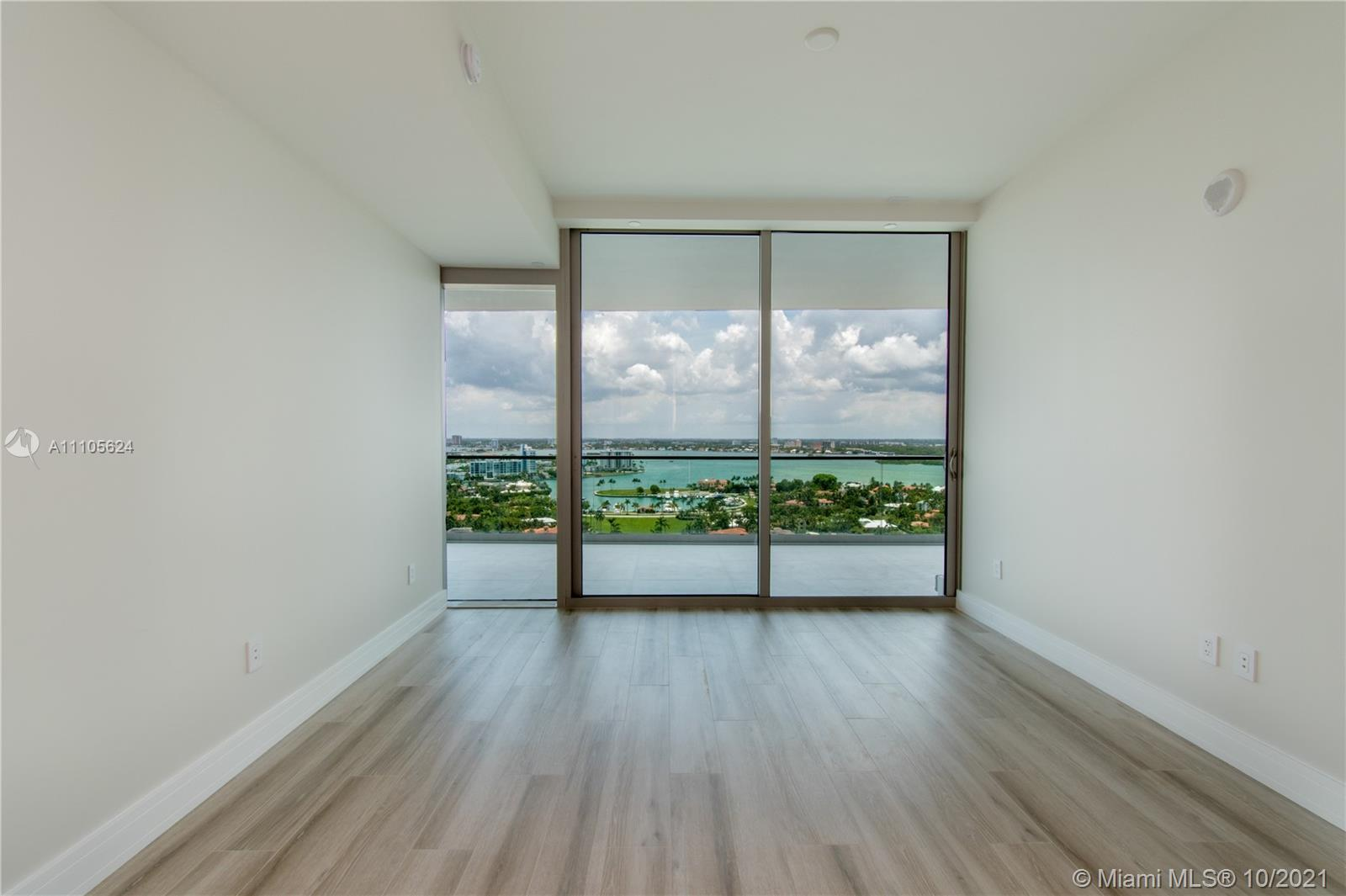 10203 Collins Ave #1903N photo051
