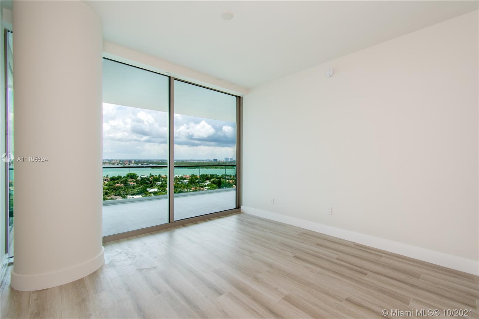 10203 Collins Ave #1903N photo058
