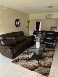 Hollywood Hills - 3345 W Park Rd, Hollywood, FL 33021