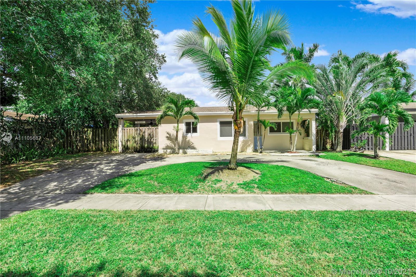 Property for sale at 6881 Freedom St, Hollywood,  Florida 33024