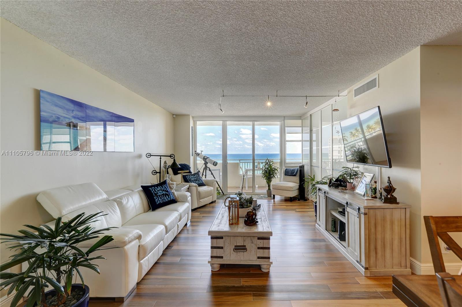 Parker Dorado #504 - 3180 S Ocean Dr #504, Hallandale Beach, FL 33009