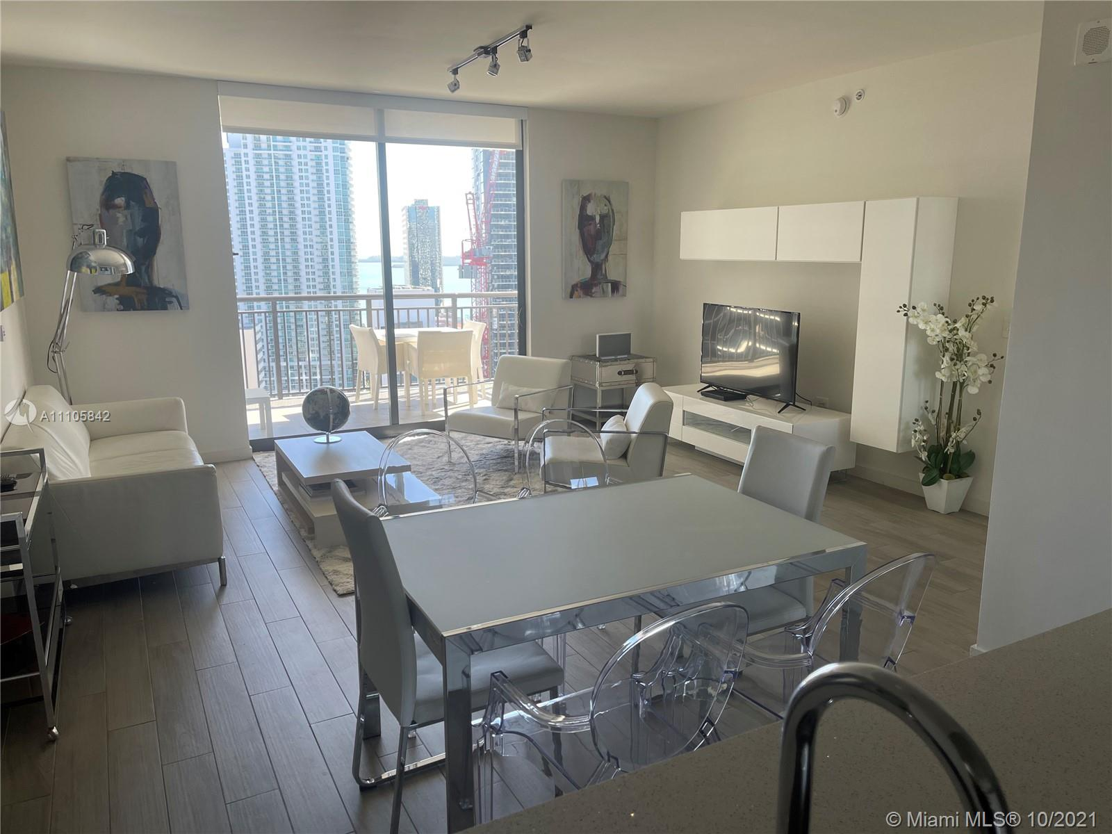 999 SW 1st Ave #2817