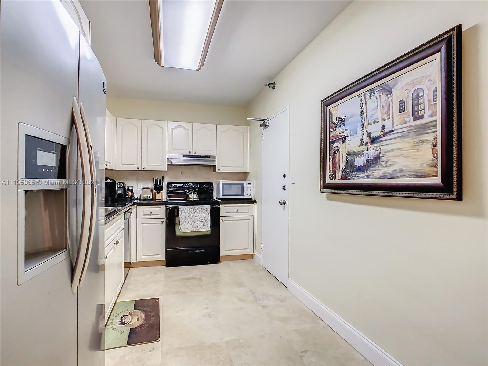 10185 Collins Ave #616 photo015