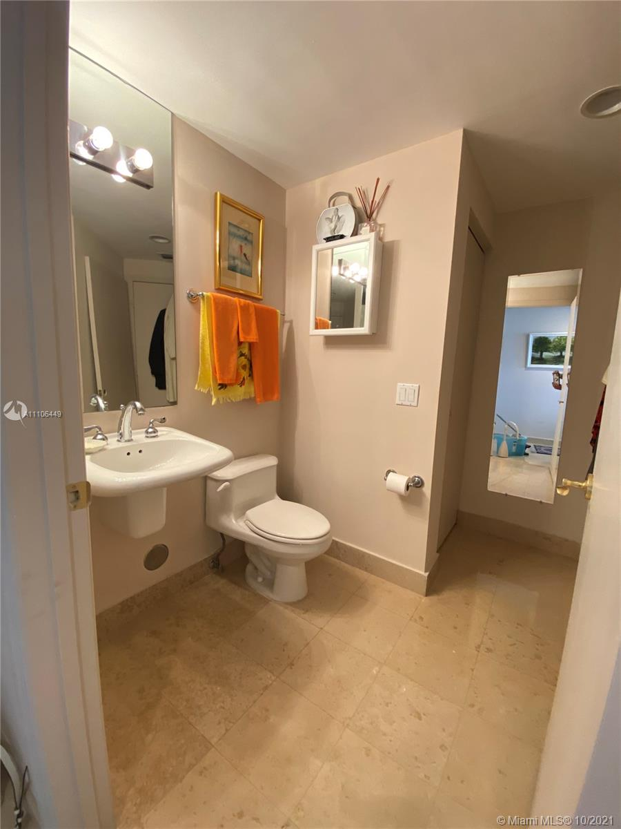 4775 Collins Ave #1706 photo023