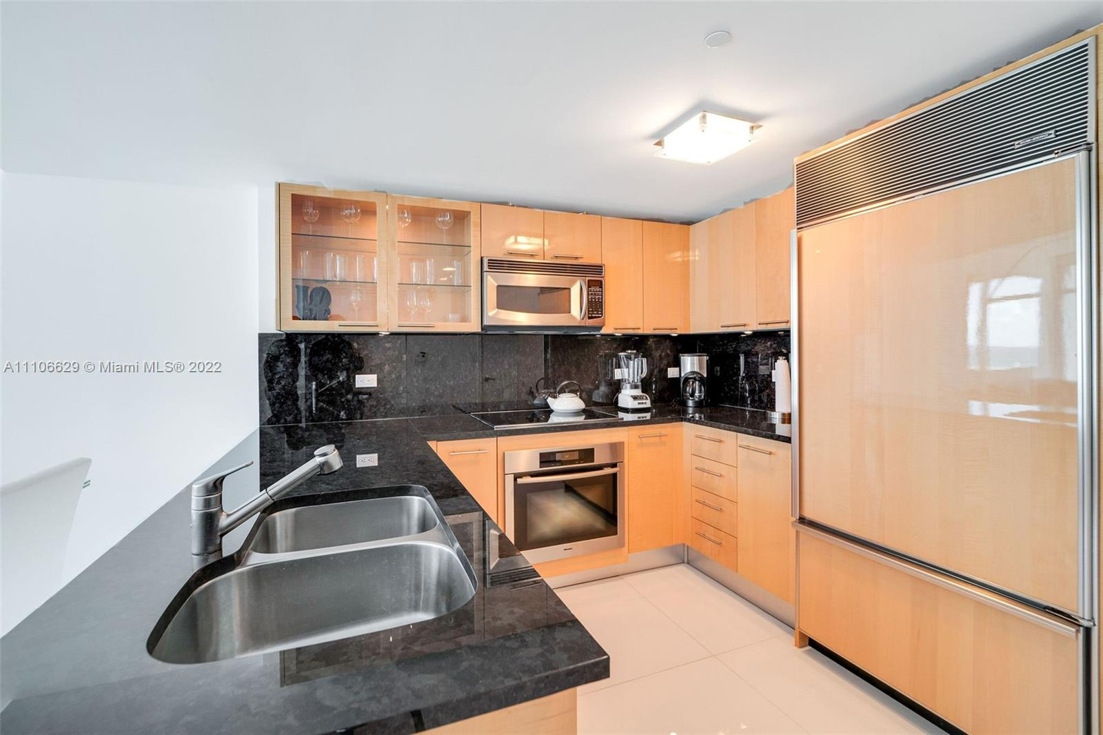 6801 Collins Ave #1208 photo03