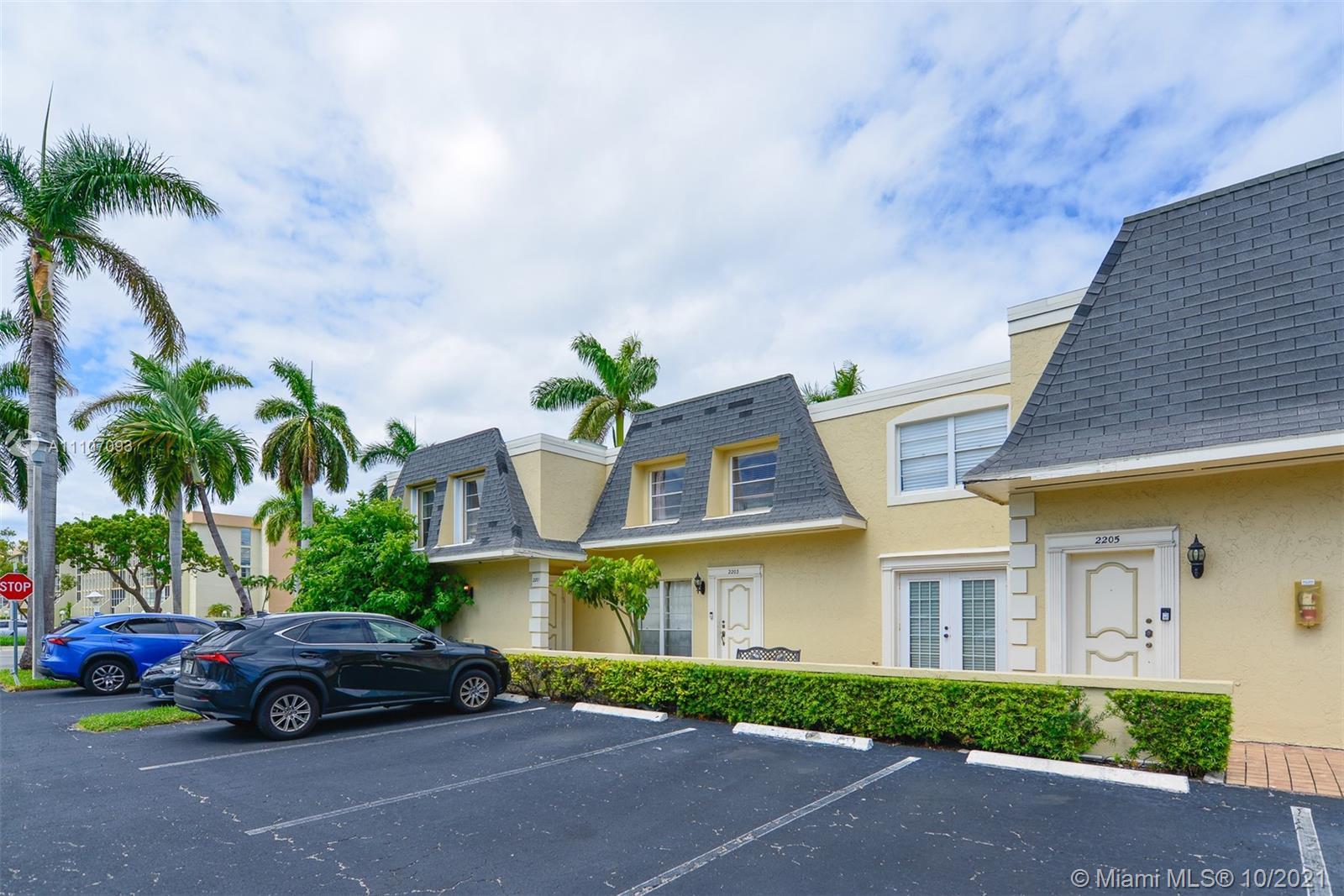 Three Islands #14 - 2203 NE 7th St #14, Hallandale Beach, FL 33009
