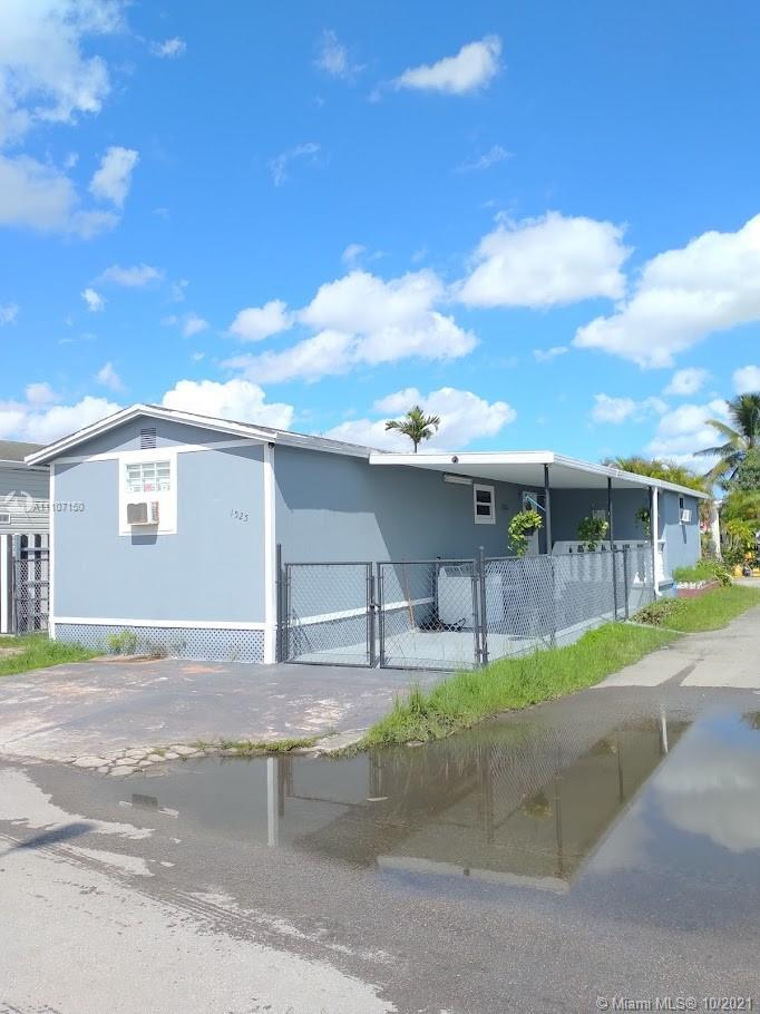 Residential For Sale at 1525 Miami