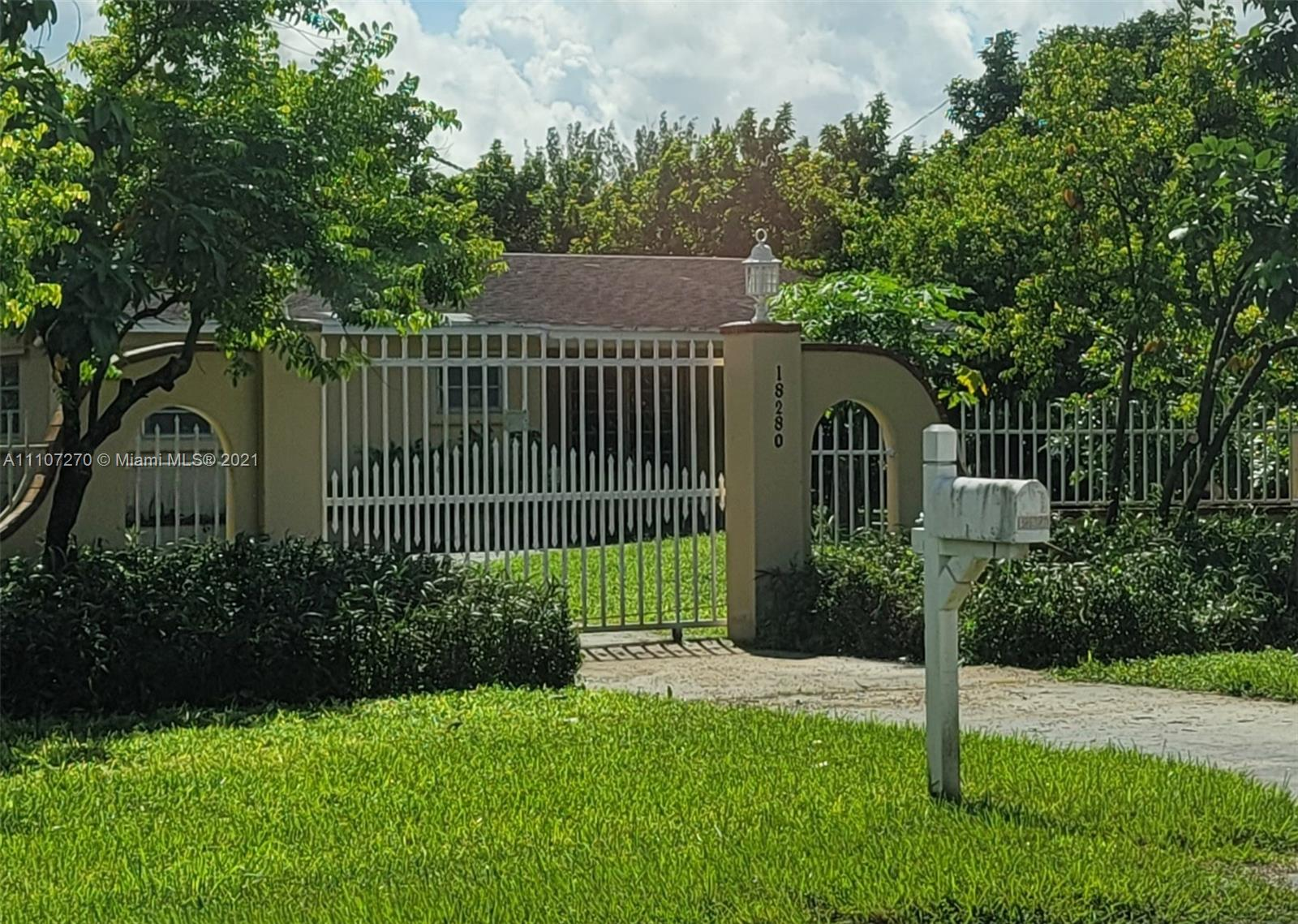 Single Family Home,For Sale,18280 SW 264th St, Homestead, Florida 33031,Brickell,realty,broker,condos near me