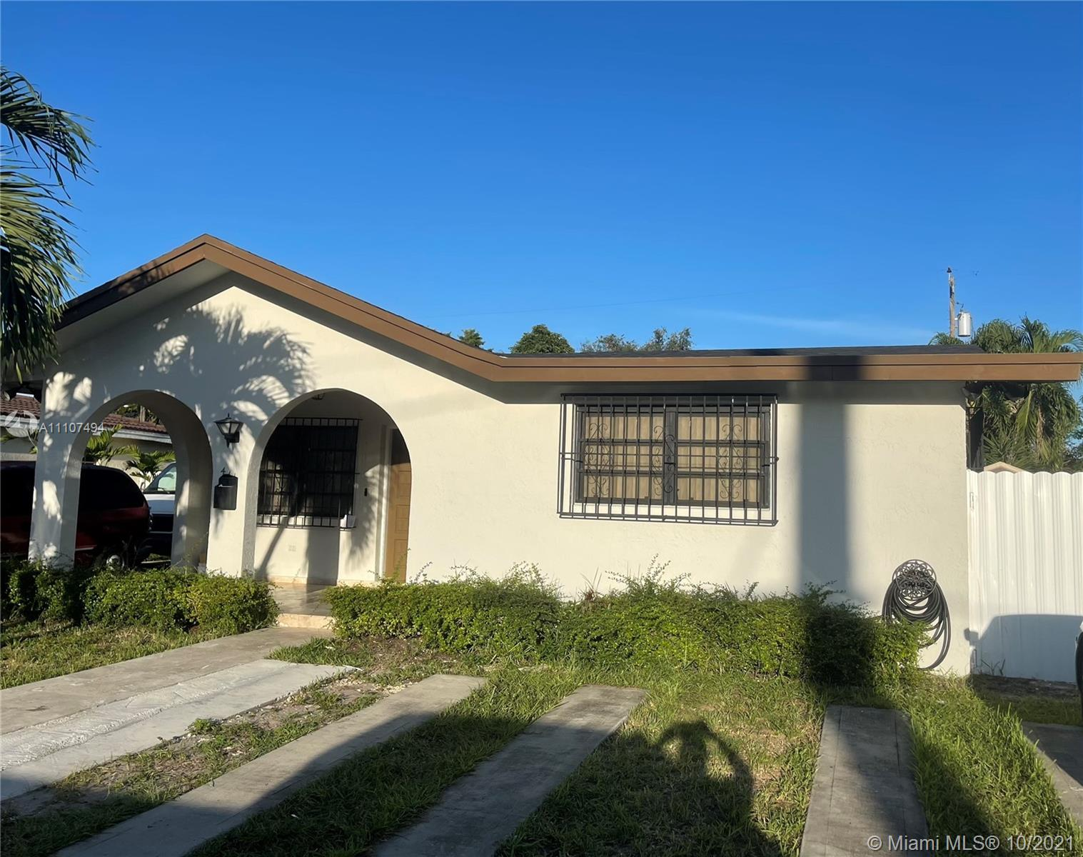 Single Family Home,For Sale,441 SW 62nd Ave, Miami, Florida 33144,Brickell,realty,broker,condos near me