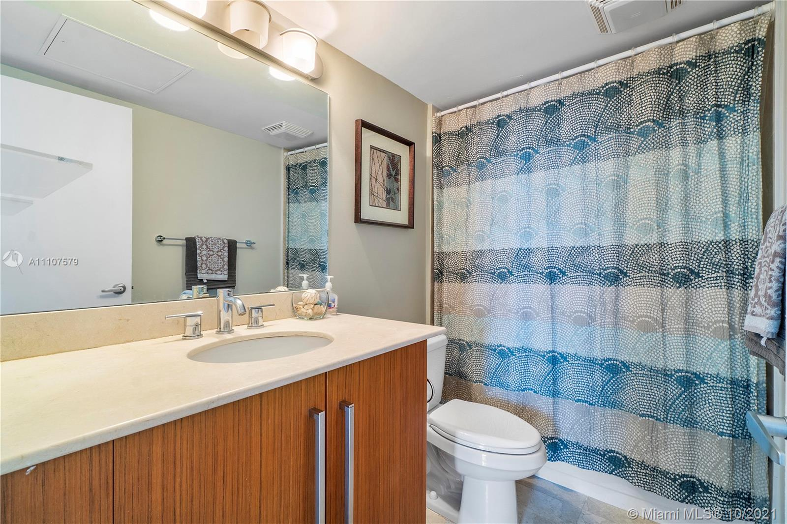 10275 Collins Ave #1130 photo018