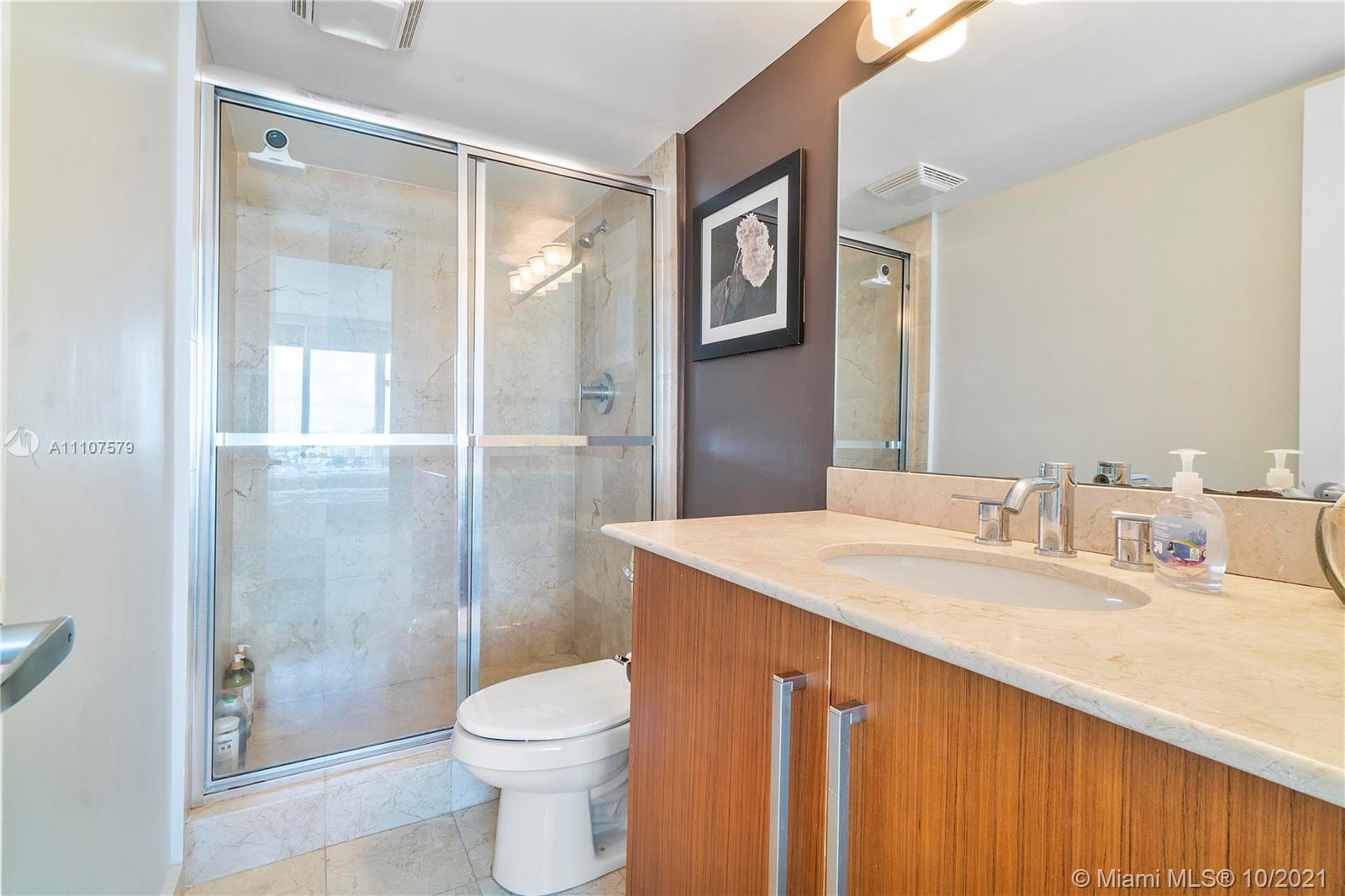 10275 Collins Ave #1130 photo025