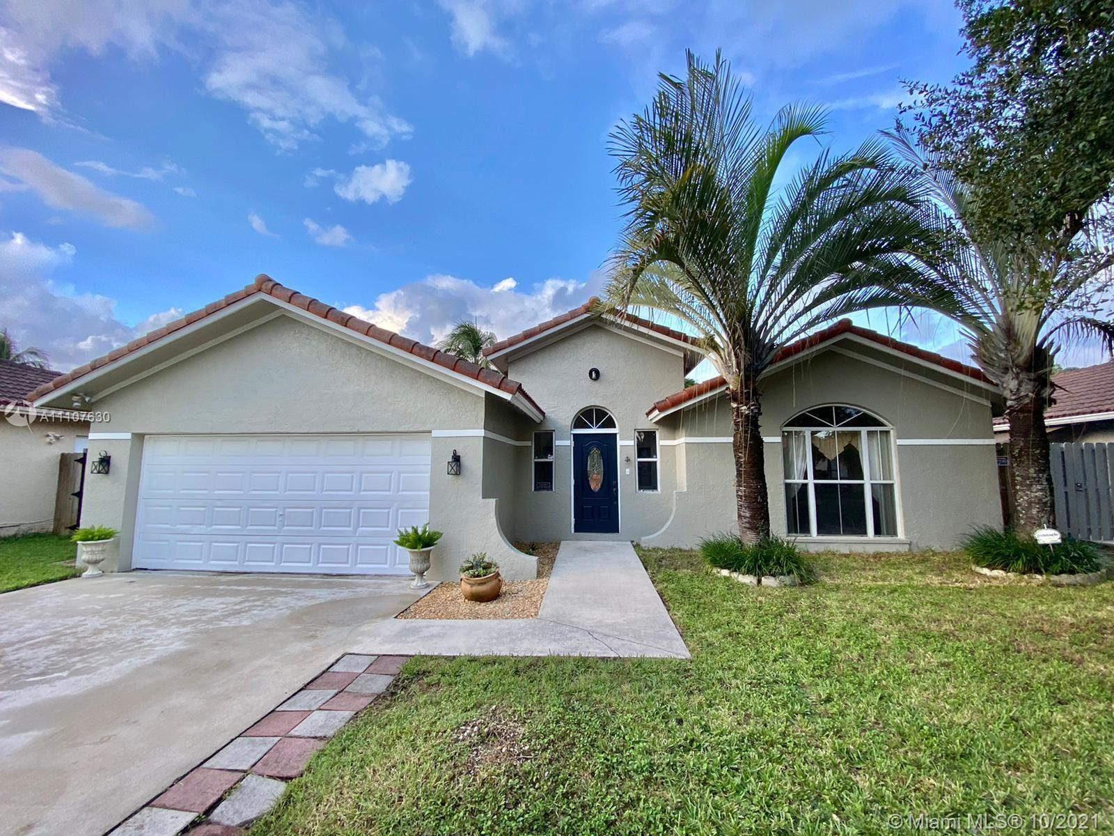 Single Family Home,For Rent,14761 SW 170th Ter, Miami, Florida 33187,Brickell,realty,broker,condos near me