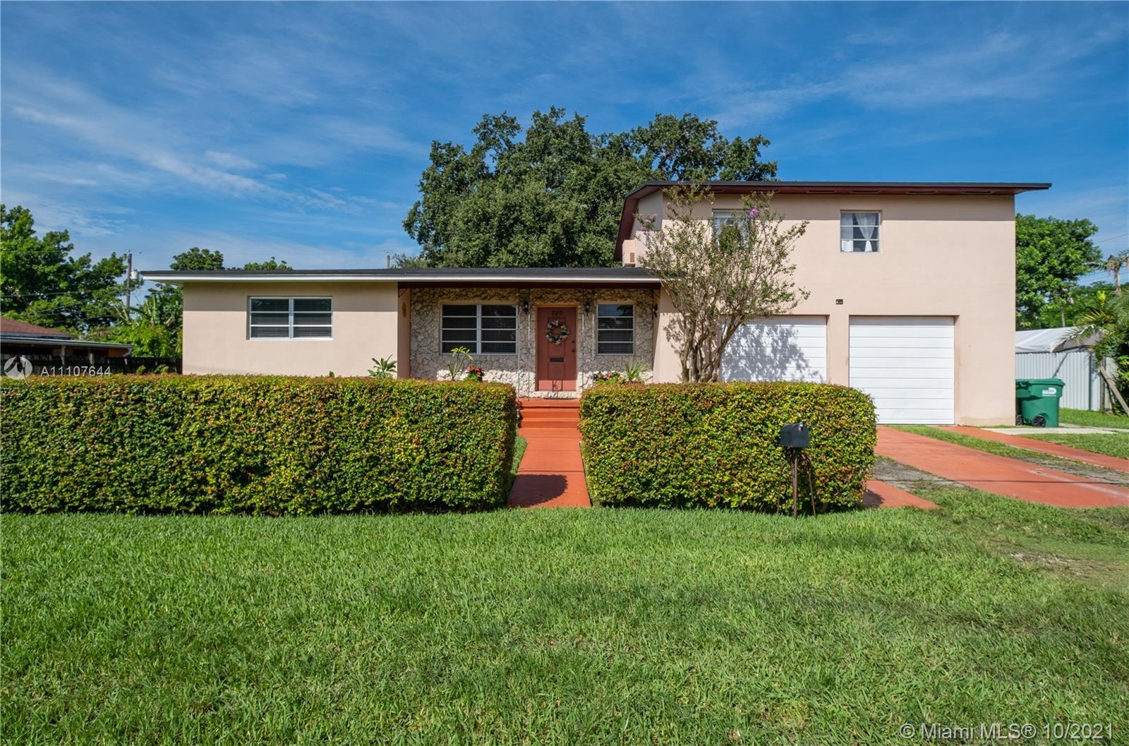 Single Family Home,For Sale,220 SW 78 PL, Miami, Florida 33144,Brickell,realty,broker,condos near me