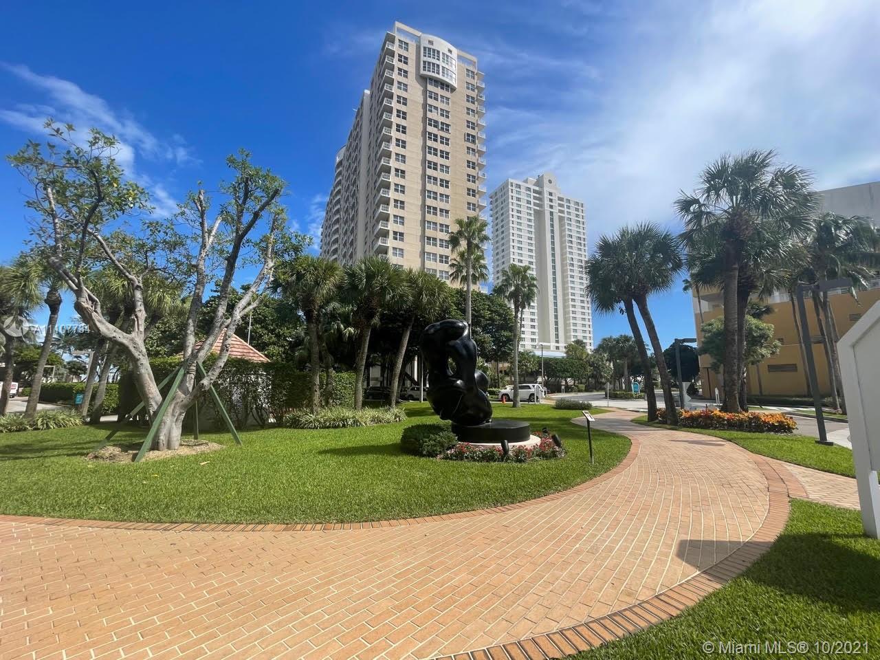 Isola #1114 - 770 Claughton Island Dr #1114, Miami, FL 33131