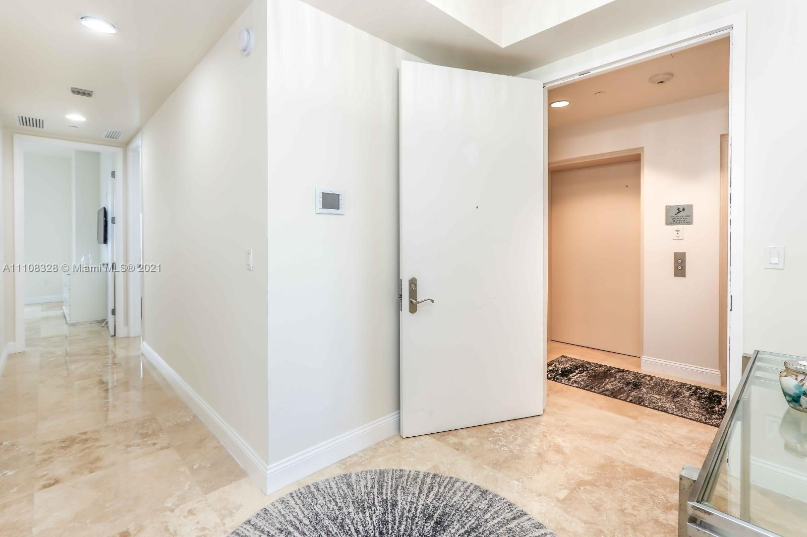 15811 Collins Ave #2102 photo07