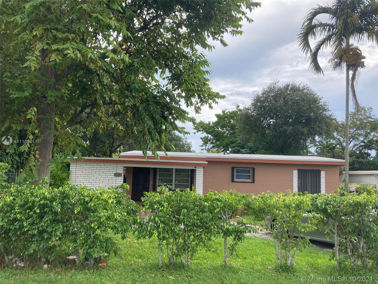 Single Family Home,For Sale,6431 SW 64th Ct, South Miami, Florida 33143,Brickell,realty,broker,condos near me