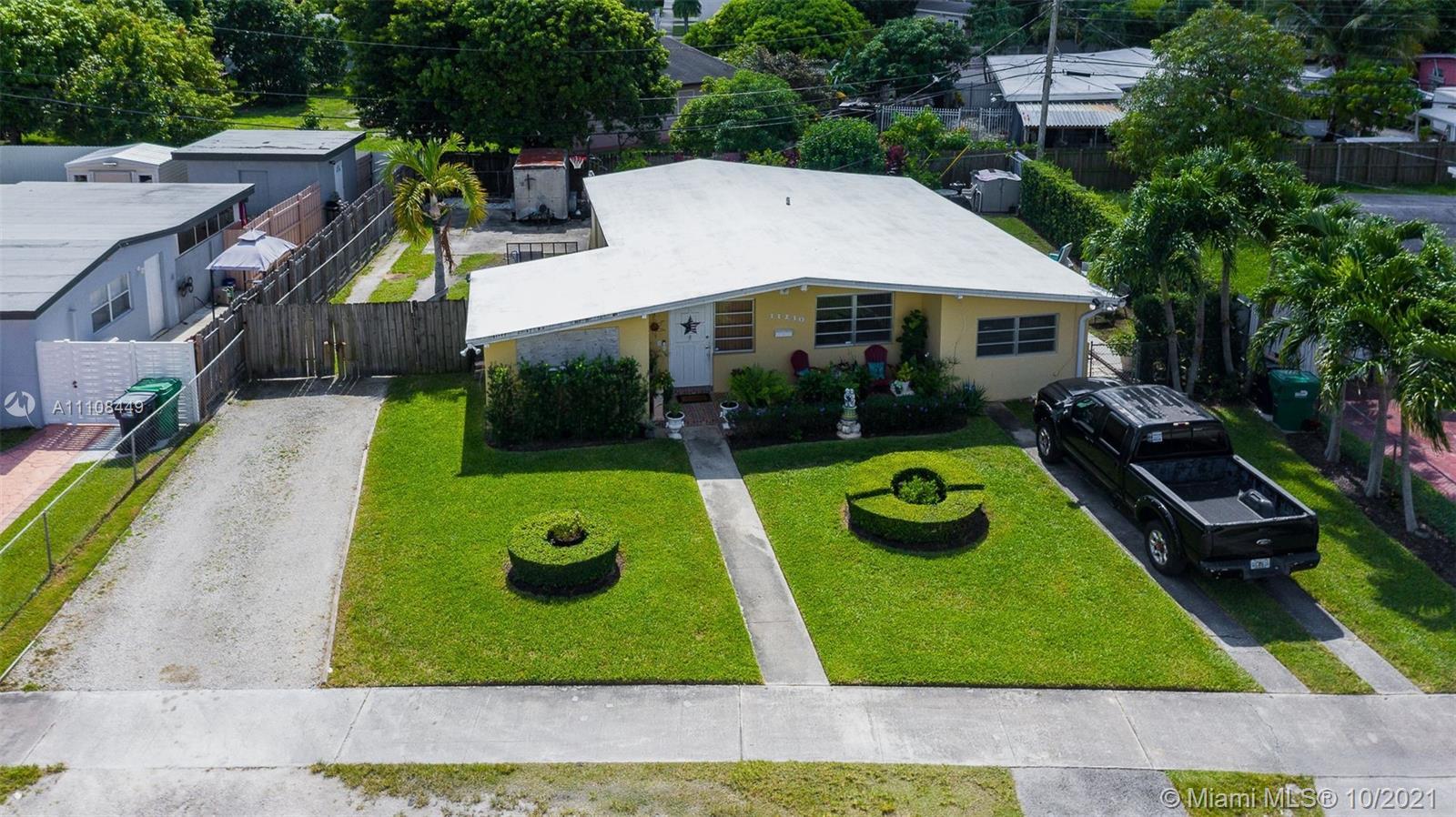 Westwood Lake - 11230 SW 43rd Ter, Miami, FL 33165