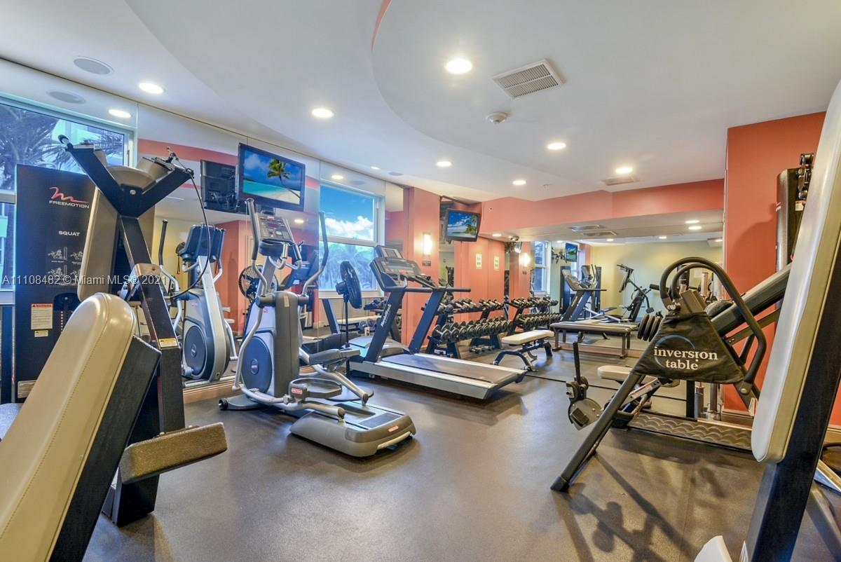 9201 Collins Ave #1124 photo018