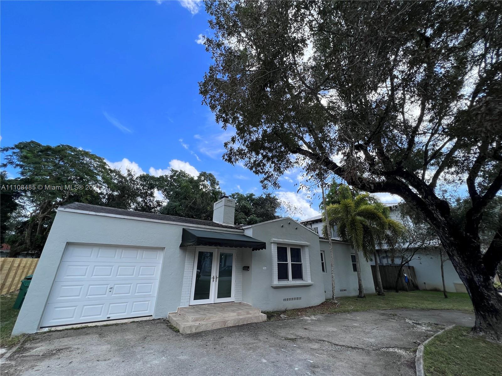 South Miami #7251 - 7251 SW 52nd Ct #7251, Miami, FL 33143