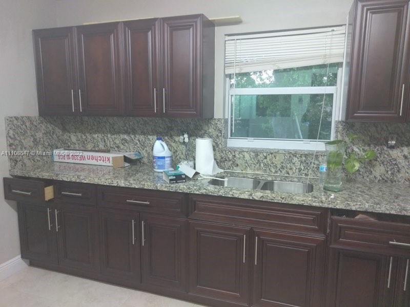 Single Family Home,For Sale,19221 NW 35th Ave, Miami Gardens, Florida 33056,Brickell,realty,broker,condos near me