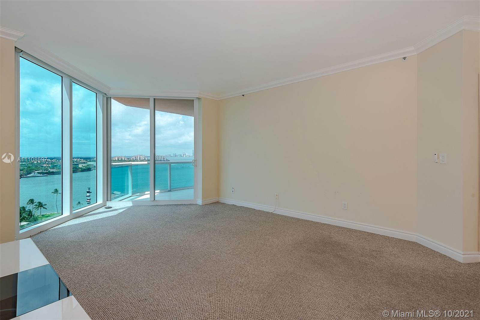 300 S Pointe Dr #1403 photo012