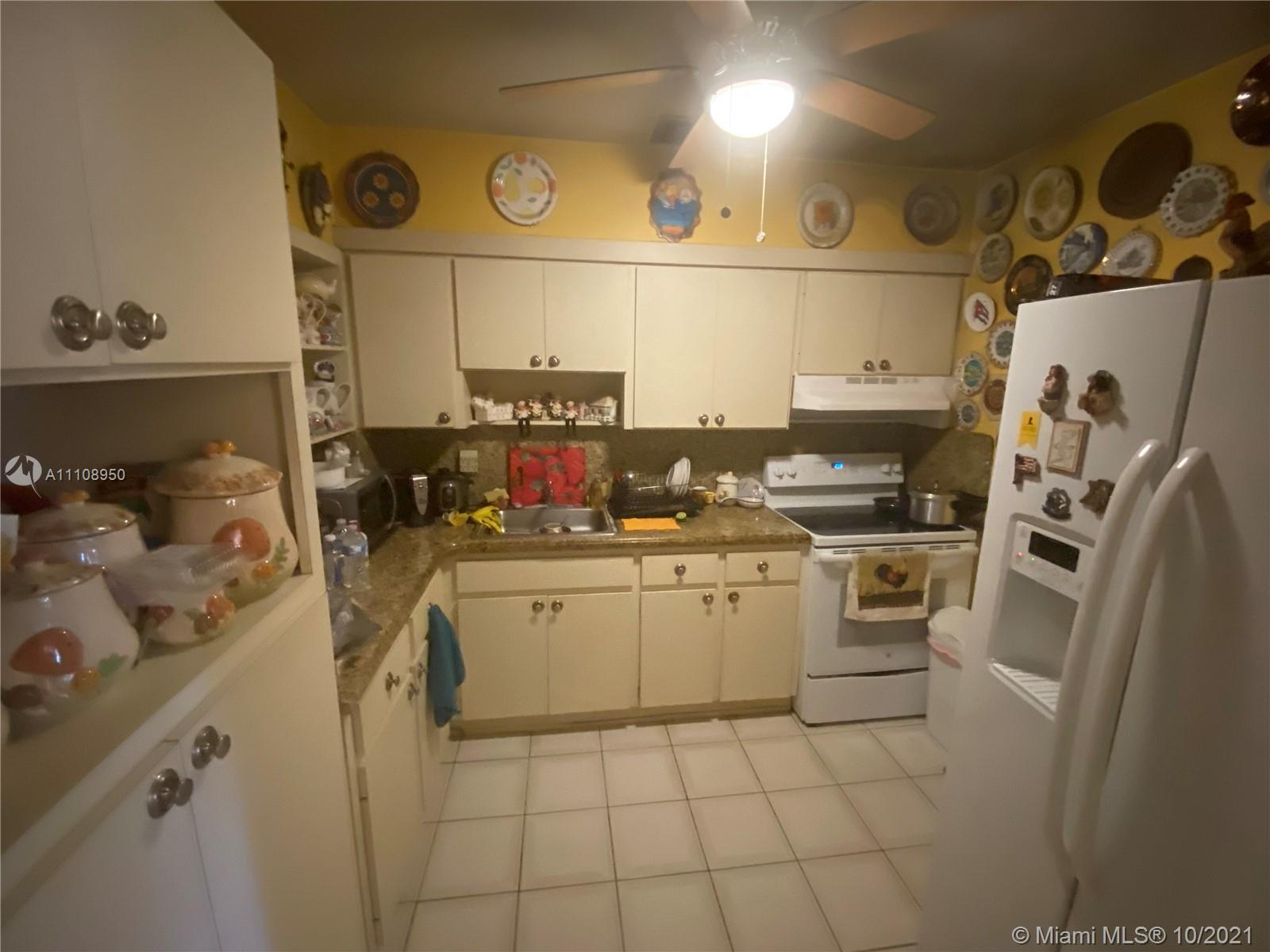 3301 SW 68th Ave photo013