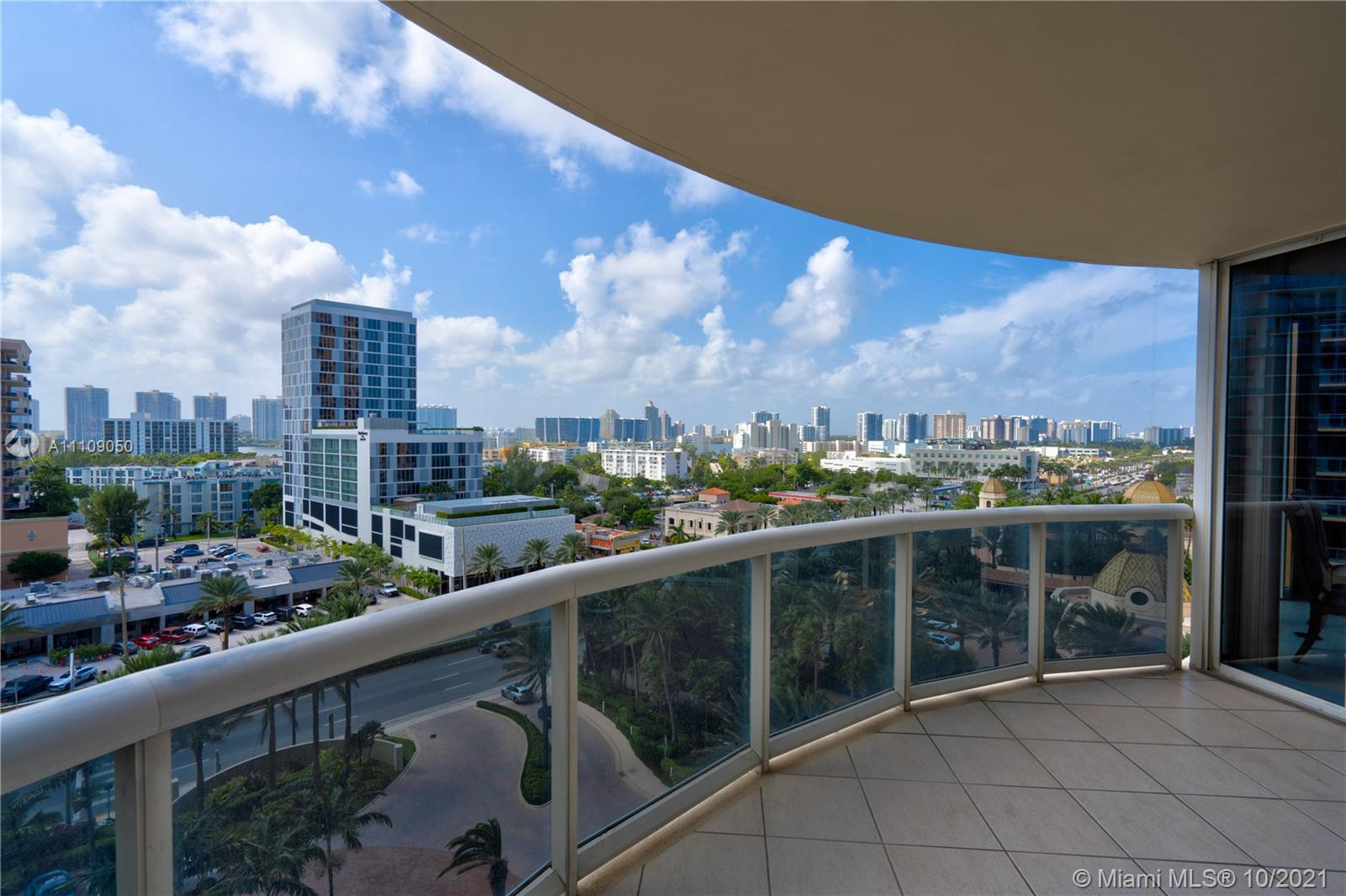 17555 Collins Ave #1006 photo053