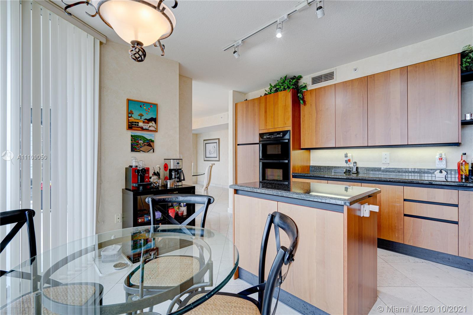 17555 Collins Ave #1006 photo051