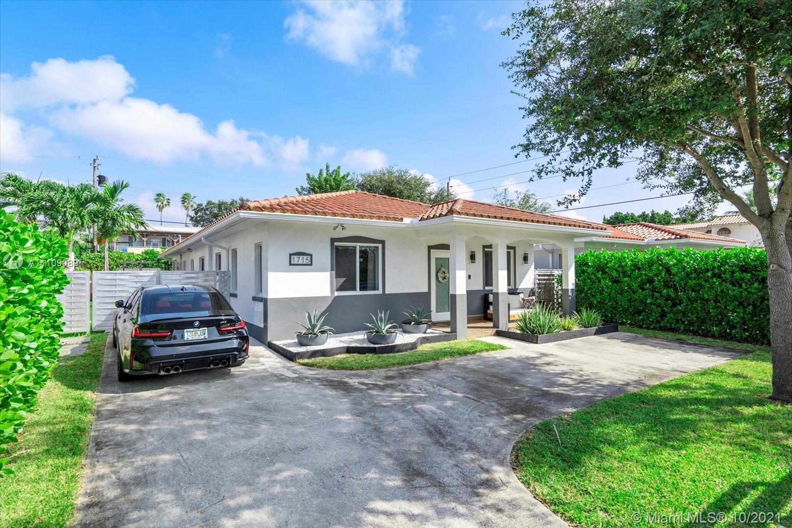 Single Family Home,For Sale,1715 SW 11th St, Miami, Florida 33135,Brickell,realty,broker,condos near me