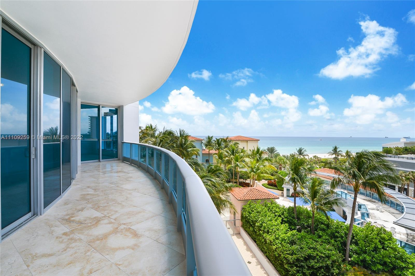 Bath Club #702 - 5959 Collins Ave #702, Miami Beach, FL 33140