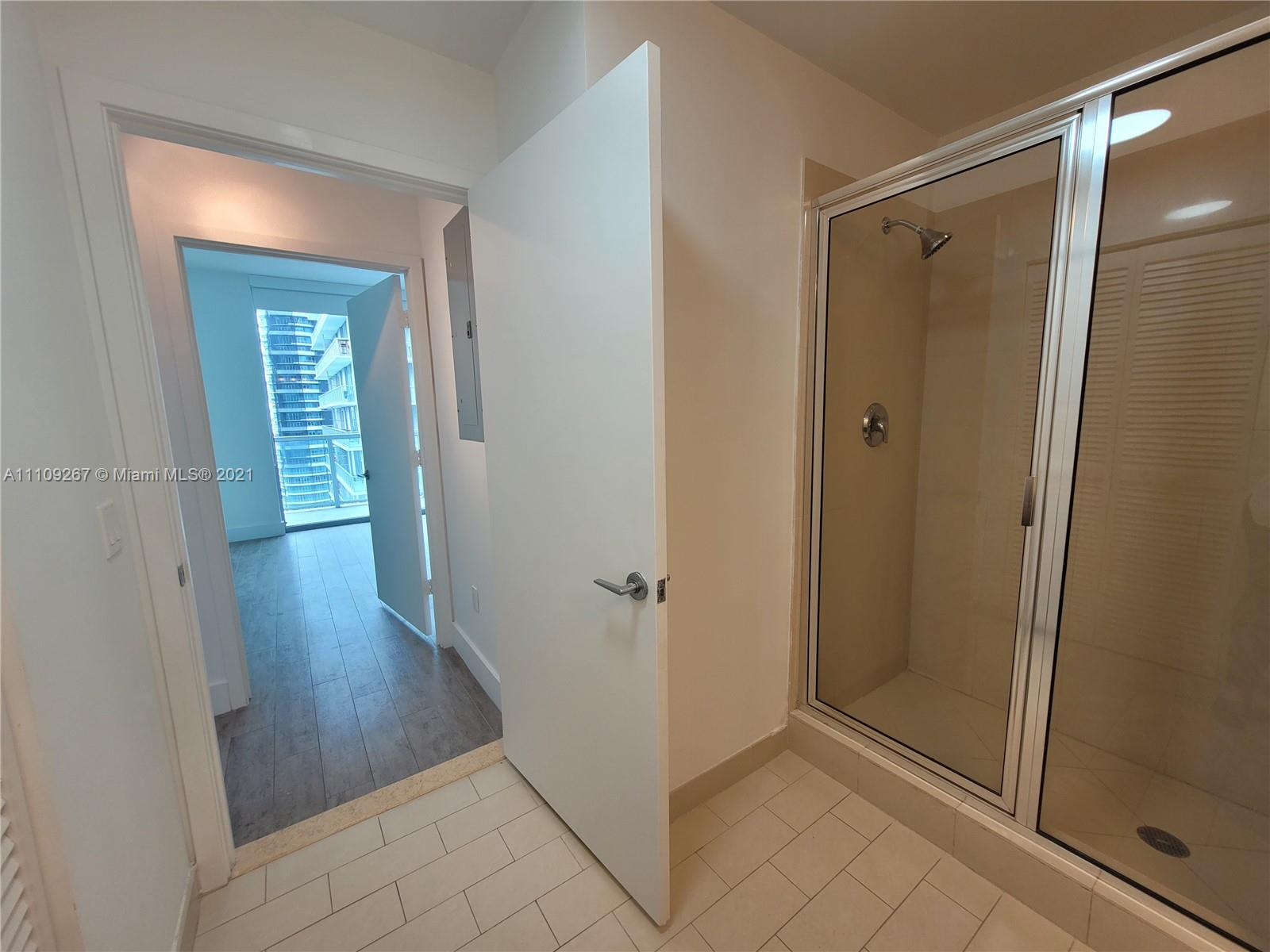 1111 SW 1st Ave #3717-N photo032