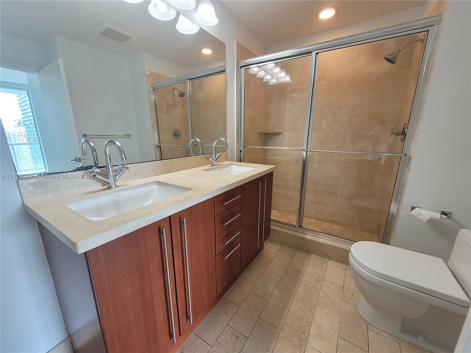 1111 SW 1st Ave #3717-N photo055