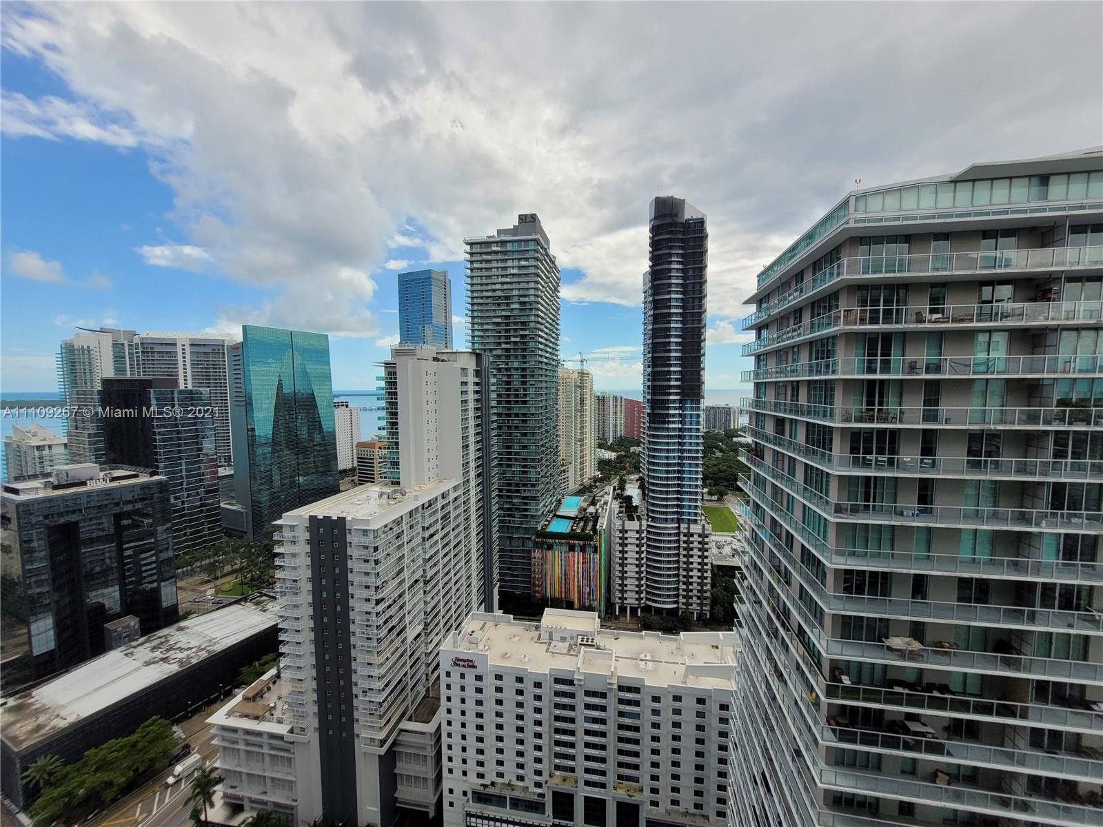 1111 SW 1st Ave #3717-N photo04