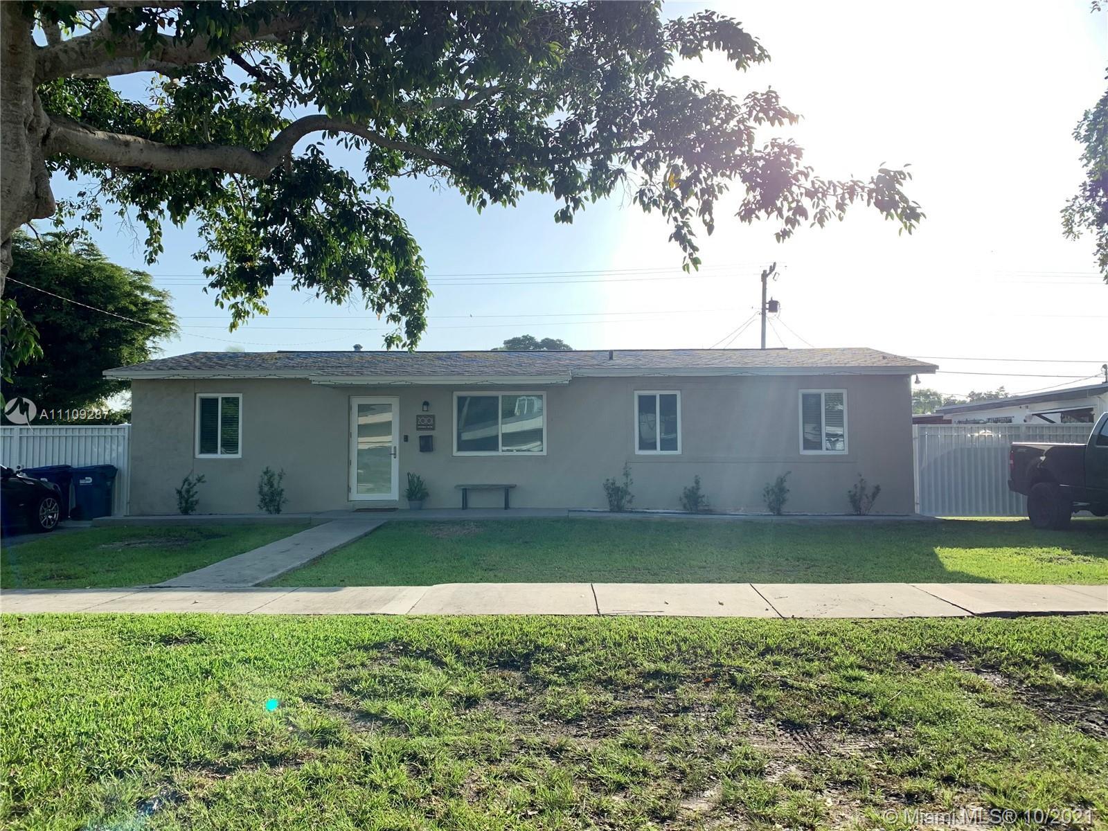Single Family Home,For Rent,20101 Coral Sea Rd, Cutler Bay, Florida 33189,Brickell,realty,broker,condos near me
