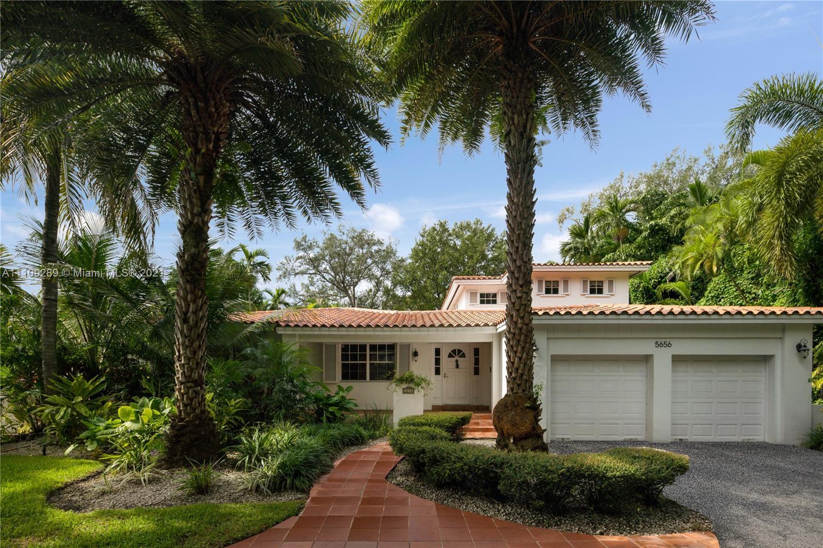Single Family Home,For Sale,5656 Granada Blvd, Coral Gables, Florida 33146,Brickell,realty,broker,condos near me