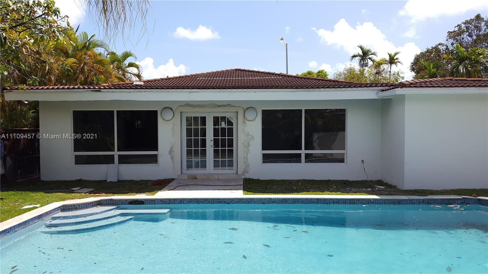 La Gorce Golf - 5350 Alton Rd, Miami Beach, FL 33140