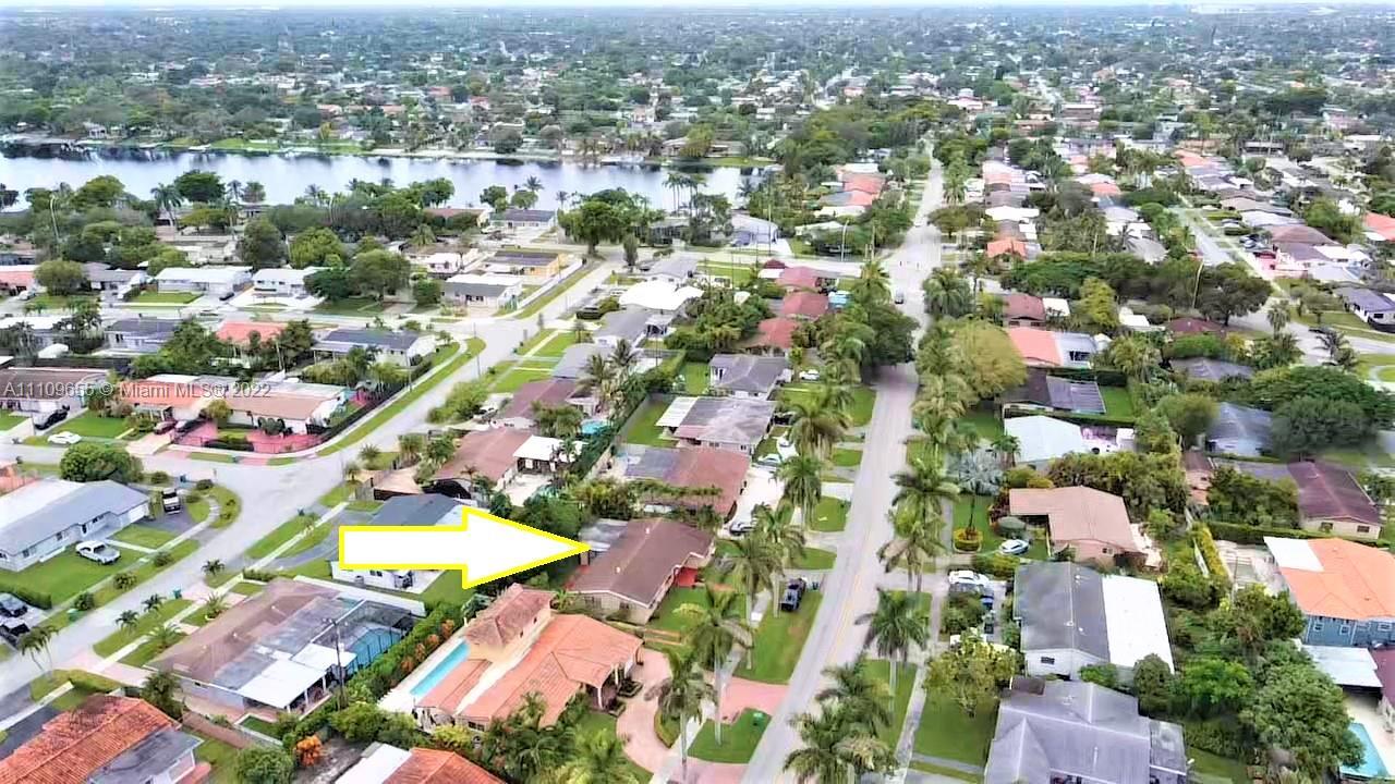 Single Family Home,For Sale,9040 SW 48th St, Miami, Florida 33165,Brickell,realty,broker,condos near me