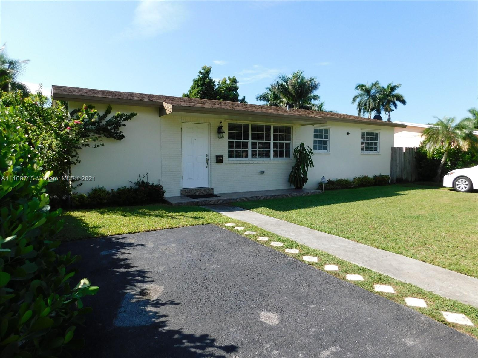 Single Family Home,For Sale,840 NW 11th St, Homestead, Florida 33030,Brickell,realty,broker,condos near me