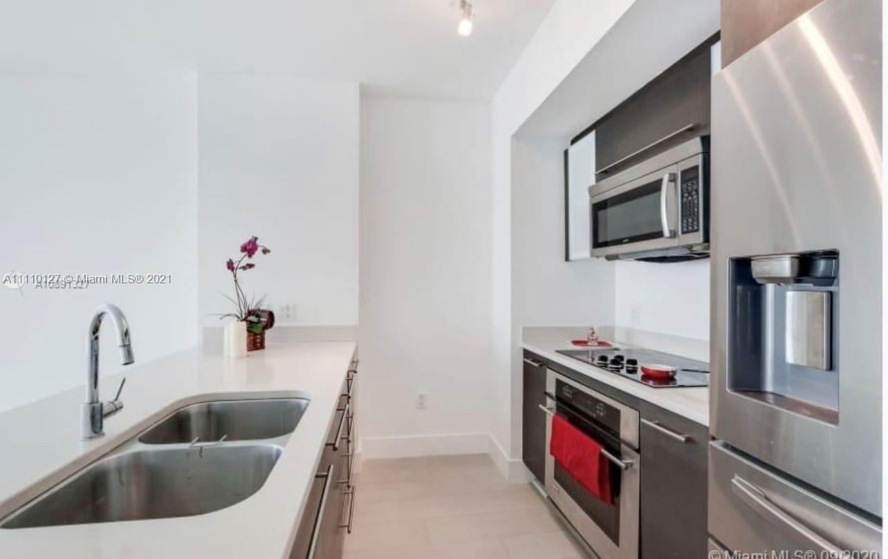 500 Brickell East Tower #1707 - 55 SE 6 St #1707, Miami, FL 33131