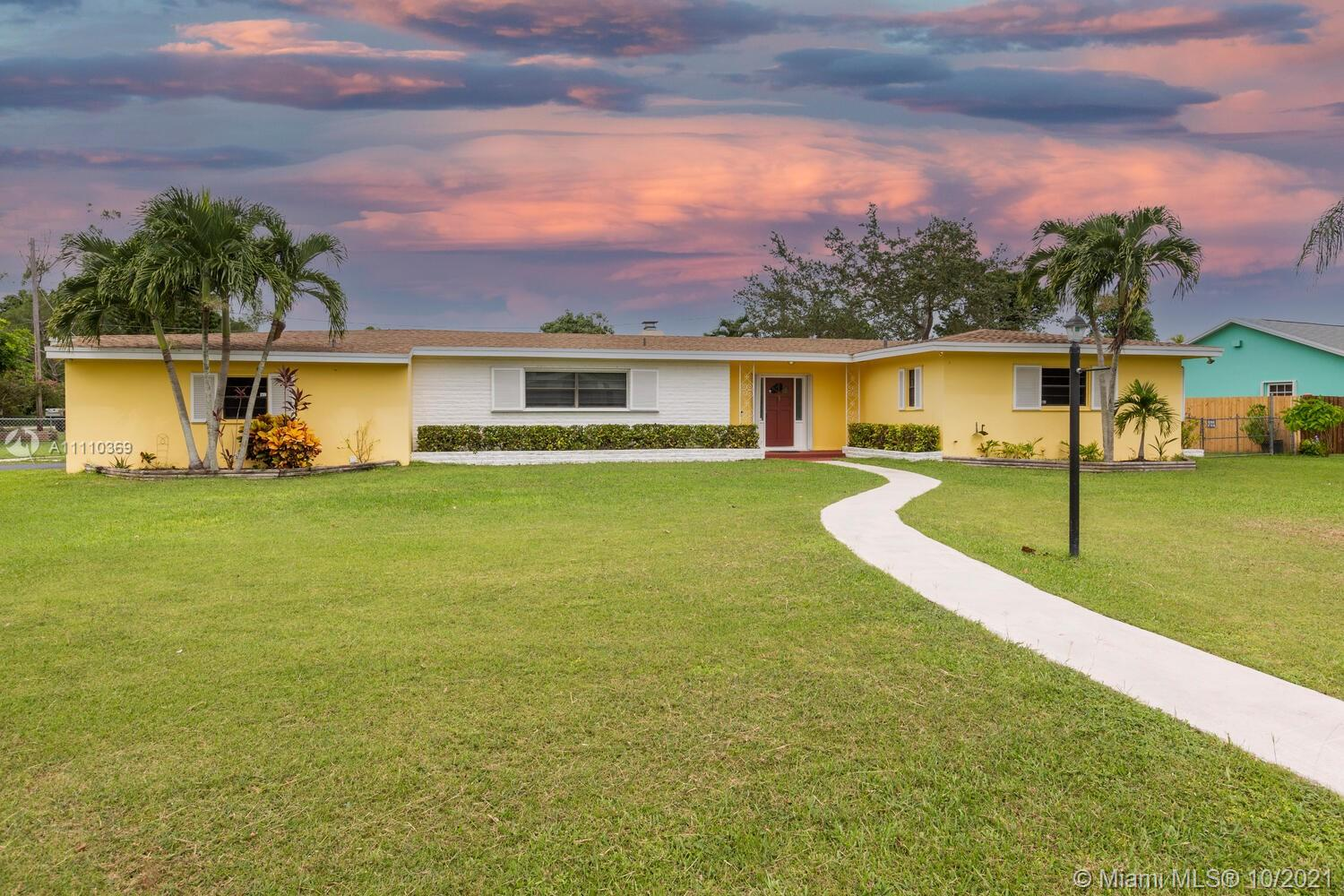 Single Family Home,For Sale,17395 SW 299th St, Homestead, Florida 33030,Brickell,realty,broker,condos near me