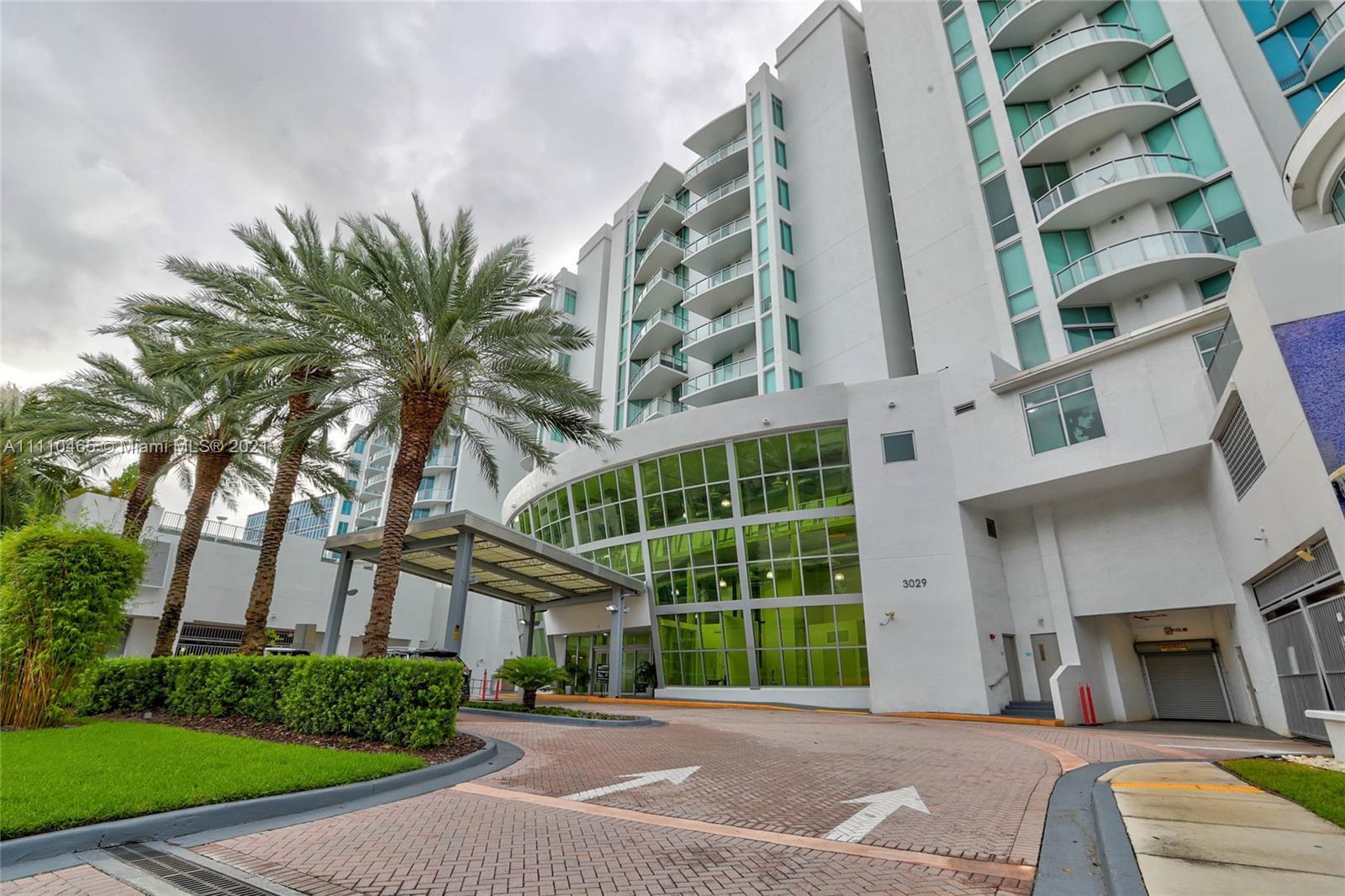 Uptown Marina Lofts #1021 - 3029 NE 188th St #1021, Aventura, FL 33180