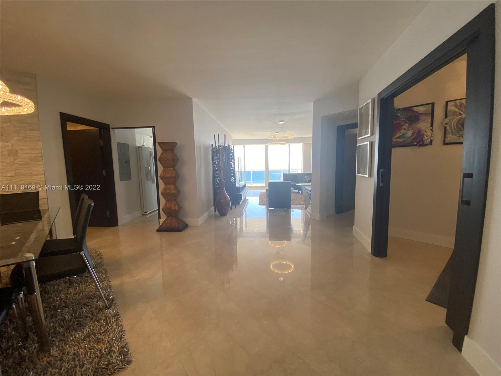 4775 Collins Ave #1202 photo02