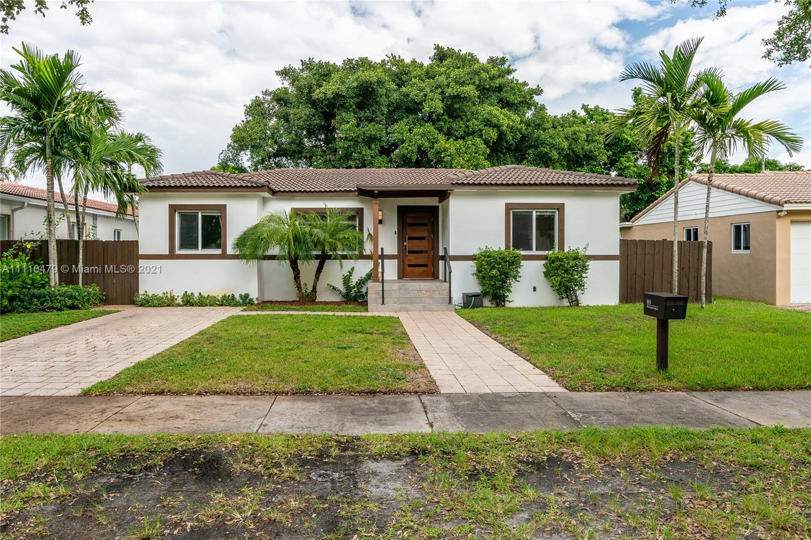 Single Family Home,For Sale,165 Whitethorn Dr, Miami Springs, Florida 33166,Brickell,realty,broker,condos near me