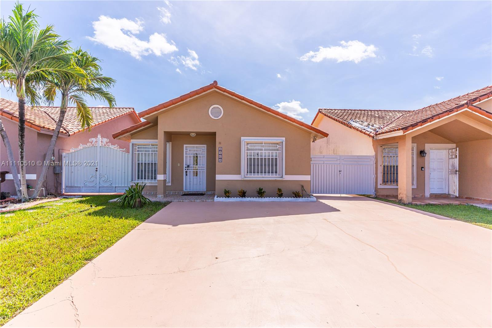 Single Family Home,For Sale,2468 W 74th St, Hialeah, Florida 33016,Brickell,realty,broker,condos near me