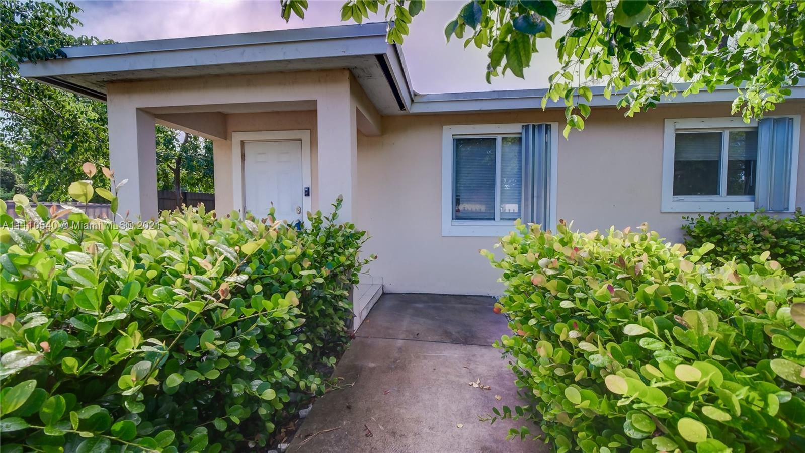 Single Family Home For Sale Lauraville Gardens Add1,200 Sqft