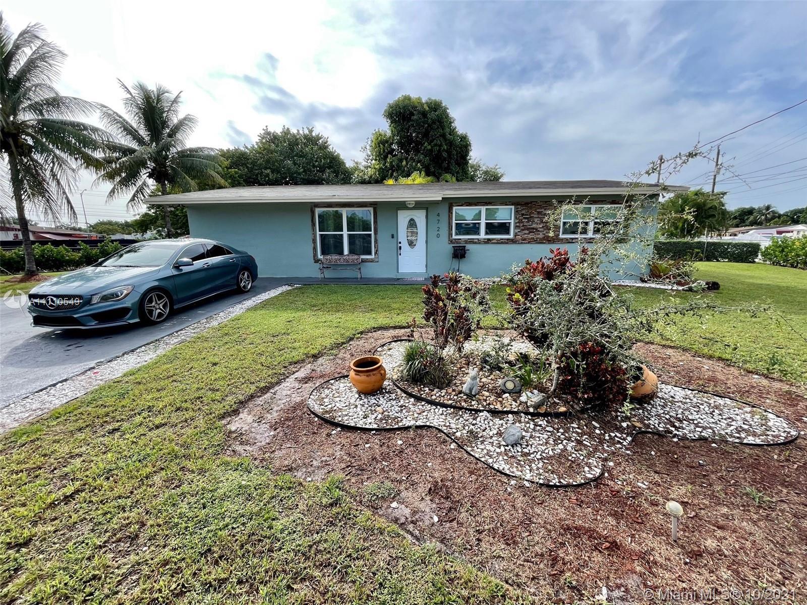 Single Family Home,For Sale,4720 NW 173rd Dr, Miami Gardens, Florida 33055,Brickell,realty,broker,condos near me