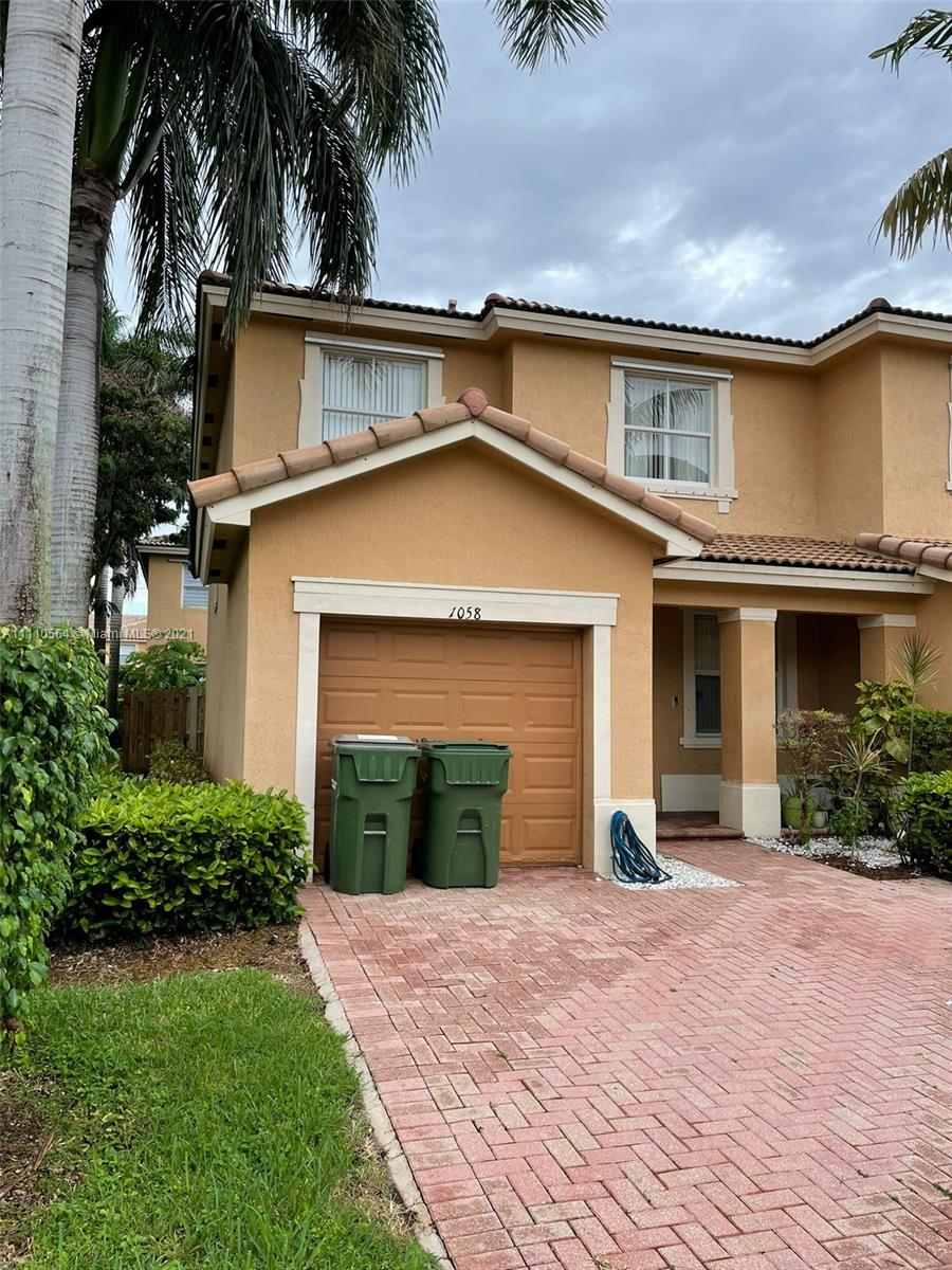 FLORIDIAN ISLES SOUTH,Lennar Homes Condo,For Sale,FLORIDIAN ISLES SOUTH,Lennar Homes Brickell,realty,broker,condos near me