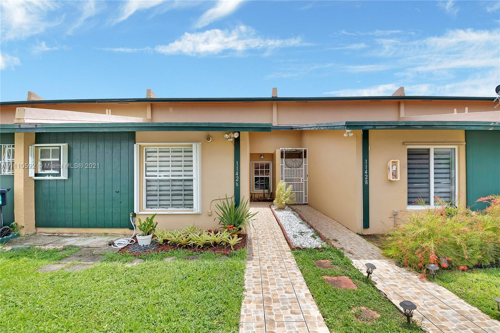 Home For Rent at 1,242 Sqft