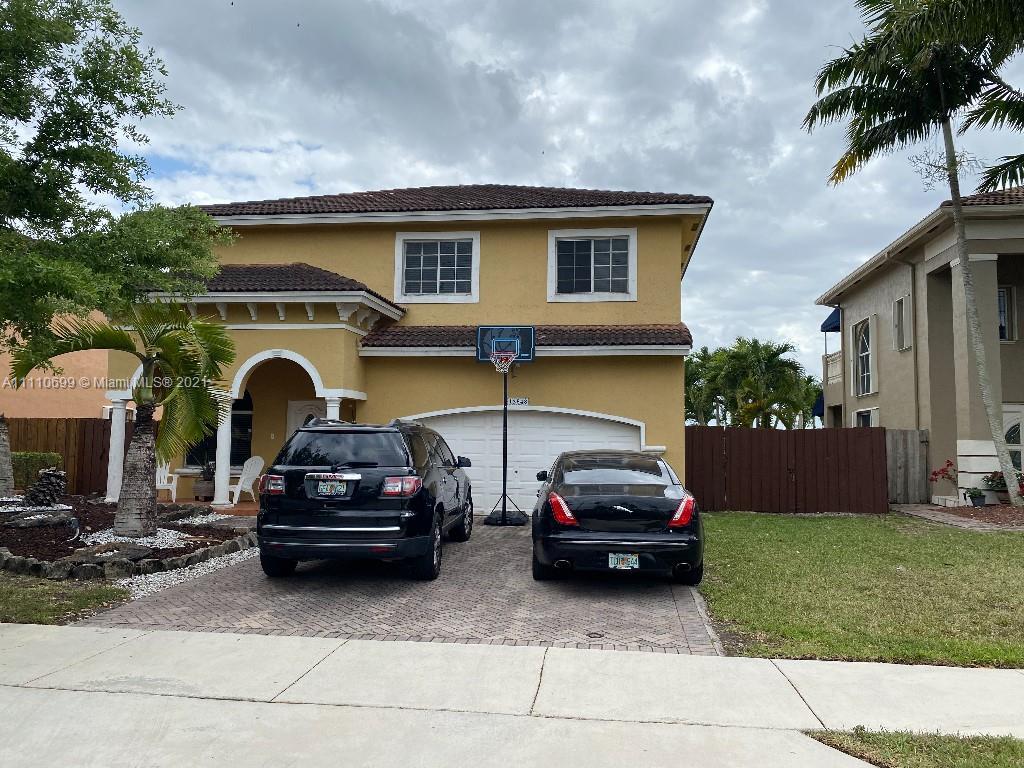 Twin Lake - 12848 SW 136th Ter, Miami, FL 33186
