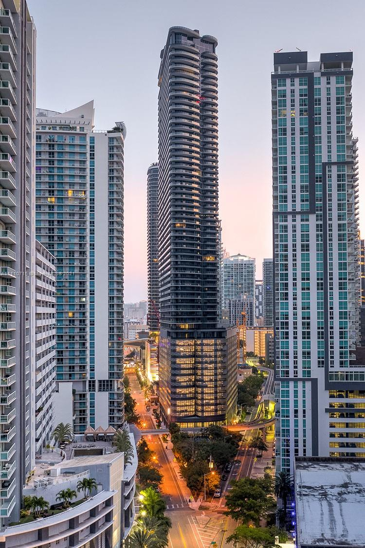 Brickell FlatIron #2412 - 1000 Brickell Plz #2412, Miami, FL 33131